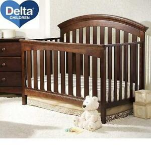 NEW DELTA CHILDREN BABY CRIB 7821-204 225454391 4 IN 1 CONVERTIBLE CHOCOLATE