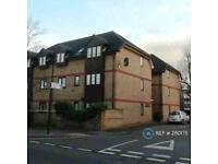 2 bedroom flat in Greensleeves House, Norwood Green, UB2 (2 bed)