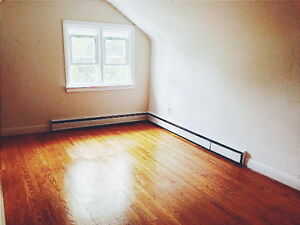 3 LARGE ROOMS LEFT FOR JANUARY Kitchener / Waterloo Kitchener Area image 4