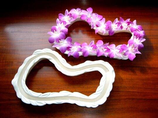 ALOHA SPIRIT white ceramic HAWAIIAN LEI VASE