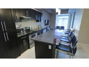 ENSUITE ROOMS STEPS FROM LAURIER @ 64 MARSHALL