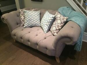 MOVING!  Gorgeous button back grey love seat