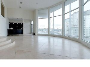 RARELY AVAILABLE PENTHOUSE @ 316 KING