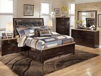 BRAND NEW CONDITION 7 PIECE QUEEN SIZE BEDROOM SET