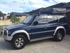 1999 Mitsubishi Pajero Escape 7 Seater with roof tent Perth Perth City Area Preview