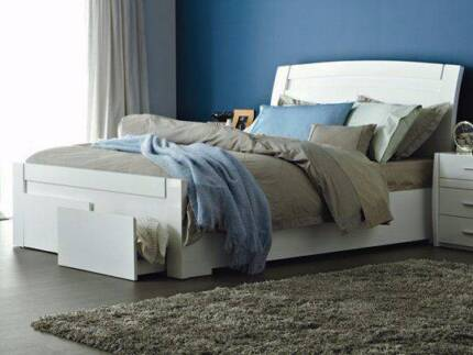 White Gloss Storage Bed Frame with FREE MATTRESS