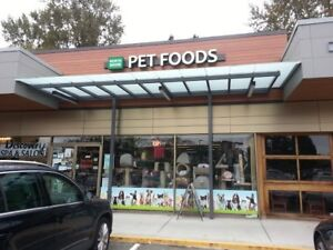 Pet Food / Supplies Store Closing SALE