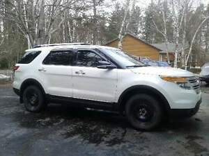 2015 Ford Explorer XLT SUV, Crossover