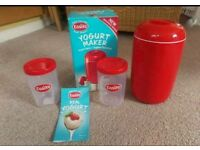Easiyo Yogurt Maker With An Extra Pot, Very Good Condition