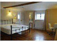 Spare double student room to rent - available immediately. Centre of Canterbury.