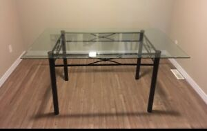 FullGlass Top dinning table