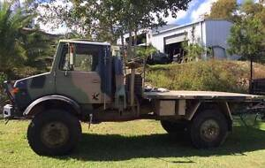 U1700L Ex-ADF Crane Truck Unimog Burleigh Heads Gold Coast South Preview