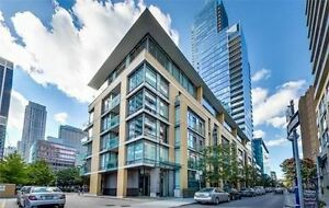 Stylish Elegant Boutique Condo In Yorkville