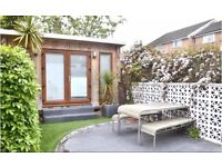 Spacious 2 Bed house with beautiful back garden