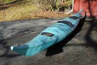 Kayak de mer avec equipements, Valley Skerray, 850.00$.