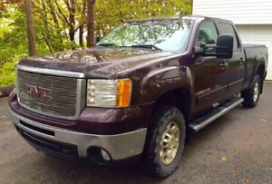 2008 GMC Sierra 2500HD Pickup Truck