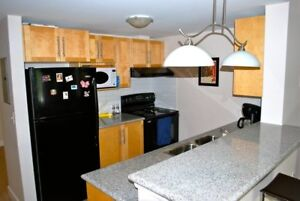 Great 2 Bedrooms +Den ,  at the W Suites! Avail Dec