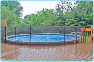 Safety swimming pool fences
