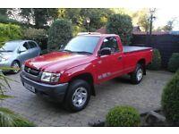 2004 04 Toyota hilux 2.5d4d diesel 42k red show room condition ew em cd AC pas load liner