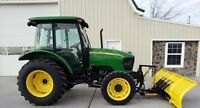2005 JOHN DEERE 5325 TRACTOR 4X4 67 HP. CAB HEAT AND A/C PLOW