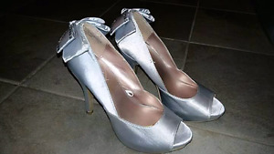 Souliers taille 5-6-7