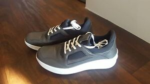 Brand New Pajar Shoes For Men