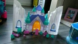 Ice castle play set