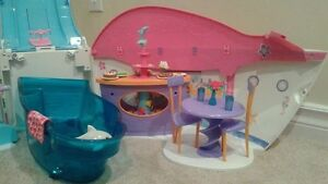 Barbie cruise ship