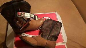 Justin Western Cowboy Boots ...brand new Camden Camden Area Preview