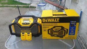 DeWalt blue tooth job site radio with 2 batteries...