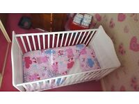 Evie cot bed
