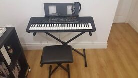 YAMAHA KEYBOARD 6MONTHS OLD NOT USED