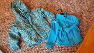 3 in 1 snow jacket size 4, Detachable Hood Fall/ Winter/ Spring