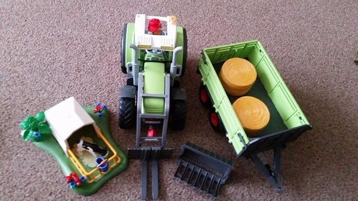 PlayMobil Tractor Farm Set. Inc 2 Carry Sets25 RRP Over60in Ringwood, HampshireGumtree - Playmobil farm set 2 learning gadgets 2 playmobil carrysets £25 the lot. Collect from Ringwood Will not seperate