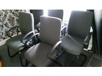 Computer chairs / office chairs / orthorpedic chairs / desk chairs / laptop chairs / desktop chairs