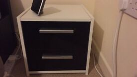 Bedside Chest - White & Black Gloss