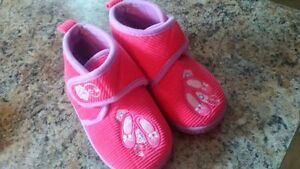 Slippers Size 5