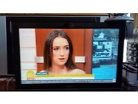 Goodmans LD3266D 32'' HD ready LCD TV freeview size 32 inches HDMI connection vga