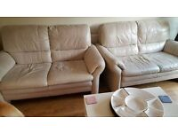 SCS CREAM REAL LEATHER 2 X 2 SOFAS CAN DELIVER FREEEE