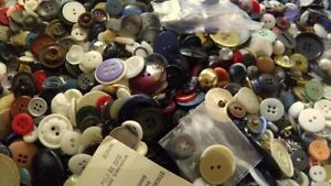 HUGE SEWING BUTTON LOT