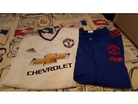 manunited clothing. never been worn.. both size xxl