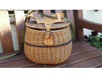 Vintage fishing creel Basket with leather carry strap. Very good condition.
