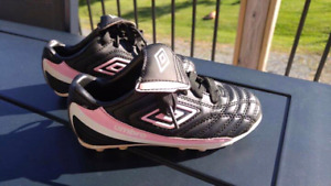 Umbro cleats size toddler 11