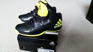 Men's Pro Smooth feather Shoes Colour Core Black/Semi Solar Yell Cambridge Kitchener Area image 1
