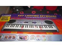 Casio keyboard 61 full sized keys!