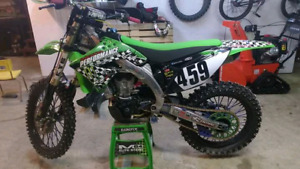 deal kx450f full injection 3000 ferme beaucoup de stock decu !!-