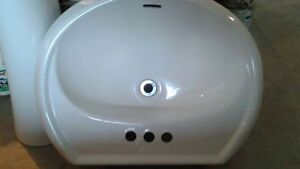 Pedestal Sink with Stand