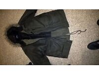 QUICKSILVER WAXED FISHTAIL PARKER COAT IN SIZE XL IN EXCELLENT CONDITION.