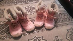 2 pairs of Twin Girl toddlers Winter Boots....size 9