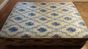 Queen Mattress with Boxspring